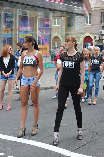 забег на шпильках Харьков украина 2014 #МоднаКраина #МоднаКраїна #ModnaKraina