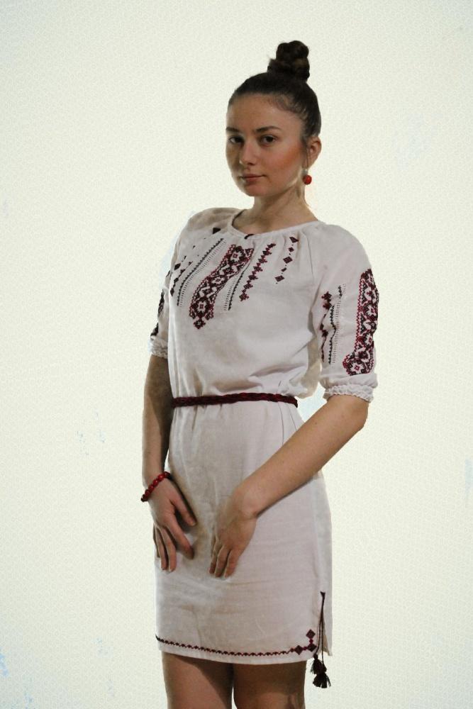 с чем носить вышиванку Украина