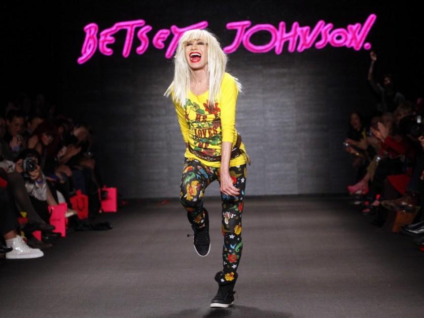 Betsey Johnson Украина, купить Betsey Johnson Украина, Betsey Johnson интернет-магазин, интернет-магазины одежды, интернет-магазины Украины