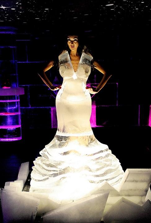 платье из льда, новости моды, необычные платья