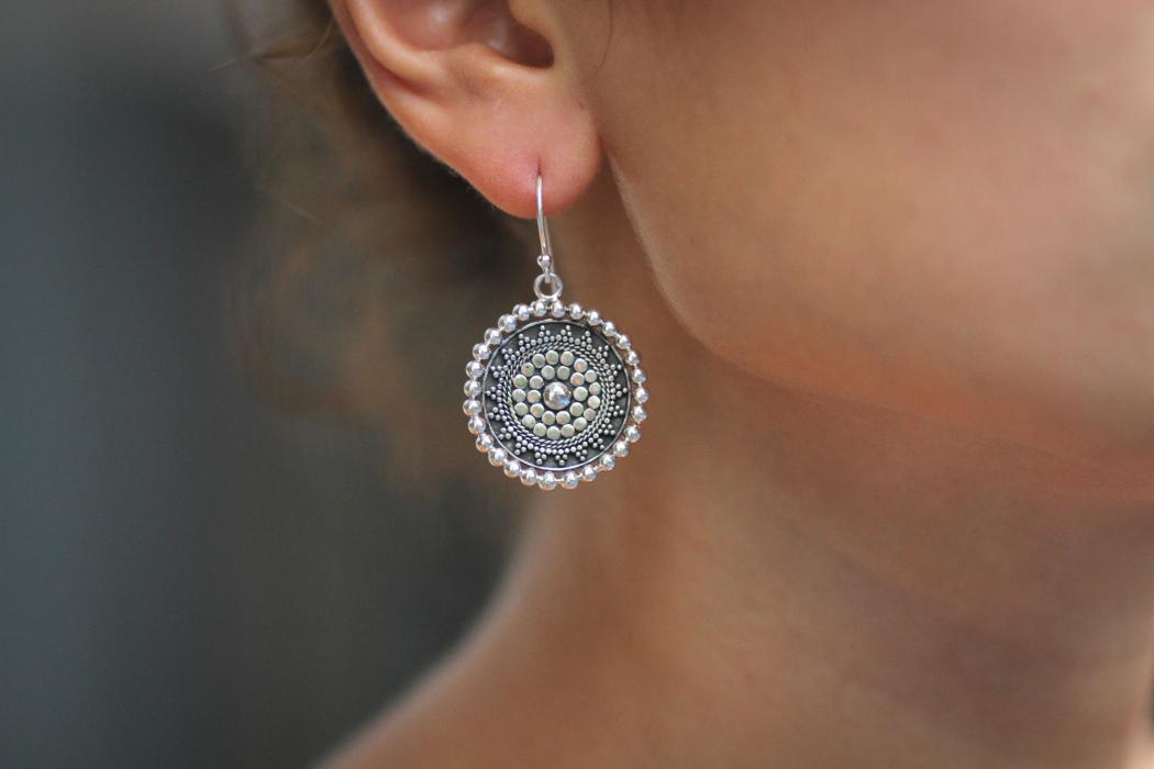 необычные сережки 2014, модные серьги, серьги из серебра, серьги из золота, каффы, серьги из полимерной глины